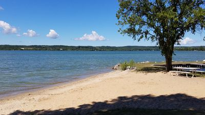 West Winds Resort cottages share 400 ft. of beautiful Lake Leelanau frontage!