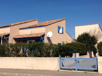 Photo for Nice holiday home with a terrace, sea views, beach and pool