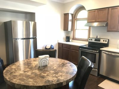 Photo for 3BR VACATION RENTAL*DOWNTOWN NEWPORT*PARKING