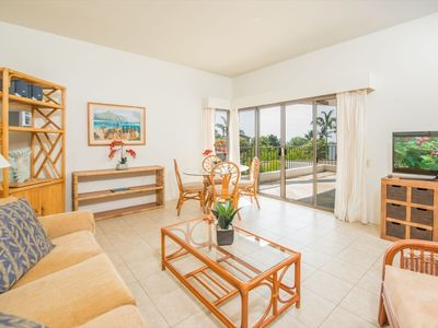 Photo for Outrigger Royal Sea Cliff Ocean Front Resort:A/C, Walk to town, 2 Seaside Pools