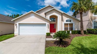 Photo for 4 bedroom pool home in the perfect location close to Disney!