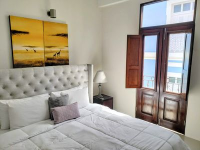 Photo for 15% RATE DISCOUNT to 9/30 The Lofts Luxury Apartments