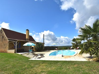 Photo for Cozy house with great views and private pool near center of Les Eyzies de Tayac