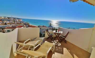 Photo for Top Floor Studio Apartment With Panoramic Sea View