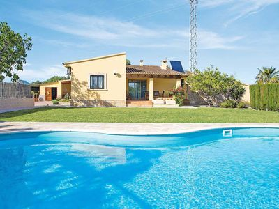 Photo for 3 bedroom Villa, sleeps 5 in es Barcarès with Pool, Air Con and WiFi