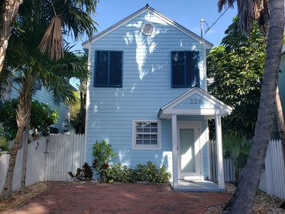 Luxurious Key West Pool Home block from Duval & completely remodeled in 2017!