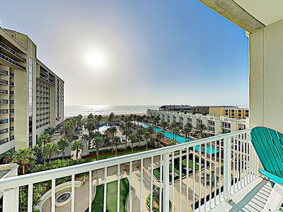Photo for High-End Sapphire Condo w/ Gulf Views, Balcony, 2 Pools, Spa, Gym & Hot Tub