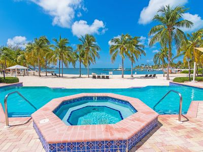 Relax , Kayak,/Paddle Board / Bike this Island Paradise -7UP  by CaymanVacation