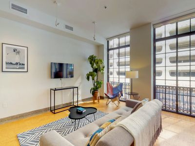 Photo for Family friendly loft w/ a full kitchen & city views - in the heart of downtown