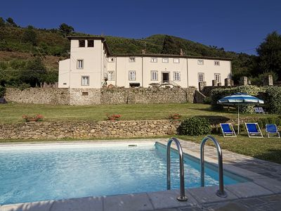Photo for Panoramic Villa Lucca