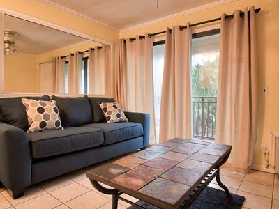 Photo for Seaside Villa, 1 bedroom, great rates, close to pool & beach!