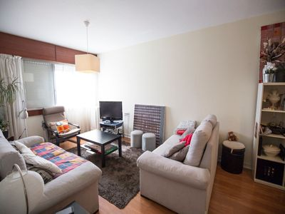 Photo for Spacious Paduk Apartment apartment in Alameda with WiFi, air conditioning & lift.