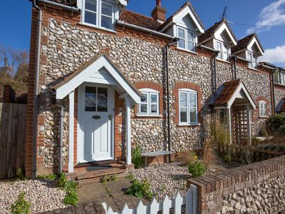 Photo for Valley View Cottage- 3 Bed 2 bath  Stiffkey Private garden and parking