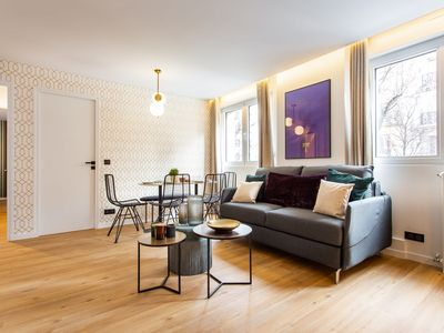 Photo for Amazing apartment - 6P/2BR - Canal Saint Martin