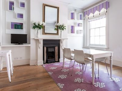 Photo for James Street - luxury 2 bedrooms serviced apartment - Travel Keys