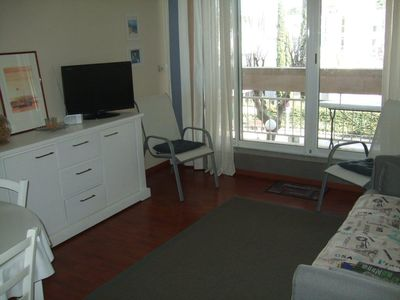 Photo for Apartment 53 m2 very quiet city center, 300 meters from the beach