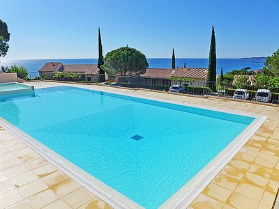 Photo for One bedroom Apartment, sleeps 4 in La Nartelle with Pool and WiFi