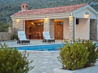 Photo for Splendid villa with private  pool, roof terrace with jacuzzi, beautiful sea view