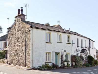 Photo for 2 bedroom property in Kirkby Lonsdale. Pet friendly.