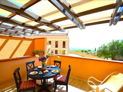 Photo for Blue House - Apartment with parking place near the beach and Taormina