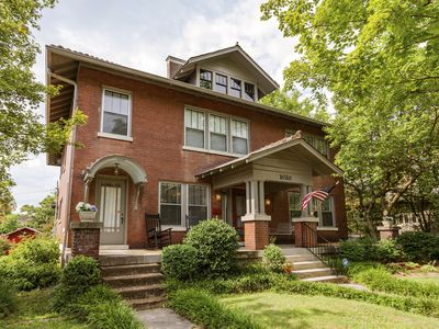 Photo for Music City Mansion (East Nash) 5 Mins to Downtown!
