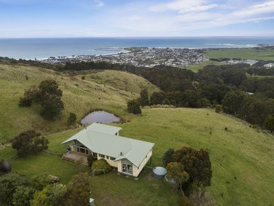Photo for Acacia Brae with stunning ocean views overlooking Apollo Bay