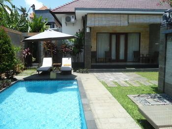 Photo for 3BR Villa Vacation Rental in Denpasar,