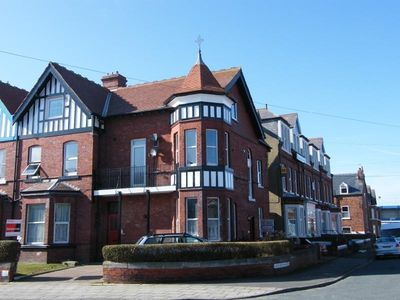 Photo for Spacious first floor apartment in Whitby with a sea view near the beach & center