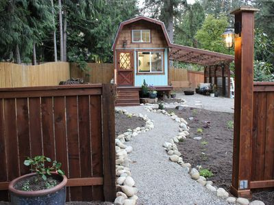 Photo for Woodinville Tiny Home, 8 minutes to wineries