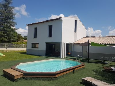 Photo for MODERN VILLA OF 150 M2 AT THE FOOT OF LUBÉRON - 10 PEOPLE - 4 BEDROOMS - SWIMMING POOL