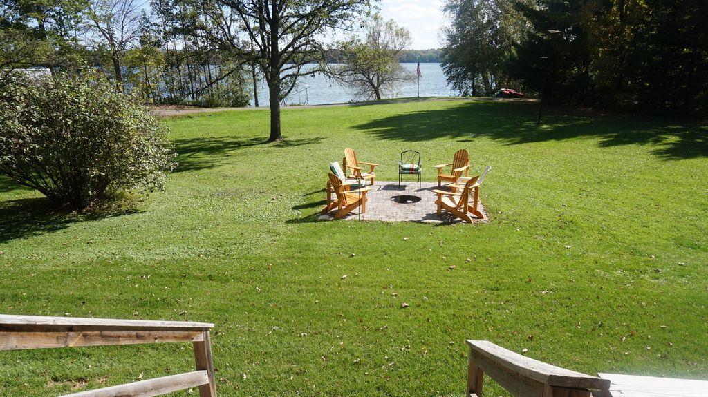 Summer vacation haven completely remodeled with fishing for Wisconsin fishing resorts with boat rentals