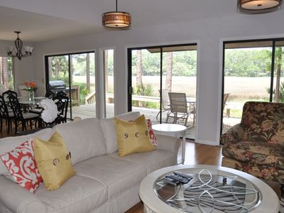 Photo for Charming Harbour Town Home - Walk to Harbor, Pool (Free), Golf, 2 King/2 Queen