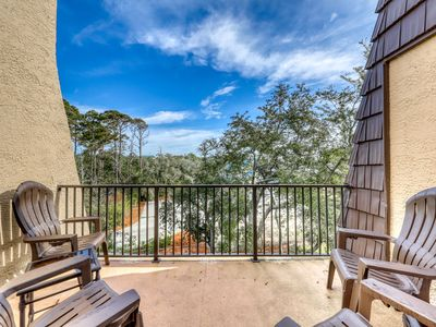 Photo for Quiet Hilton Head getaway with shared pool & hot tub, and an ocean view