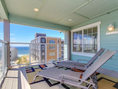 Photo for Upscale oceanview home w/private hot tub and room for 10!