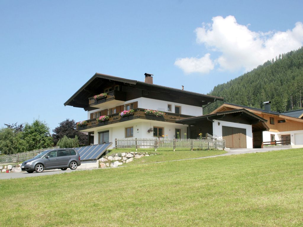 Great Choice For Couples And Young Families Near Lake Pillersee