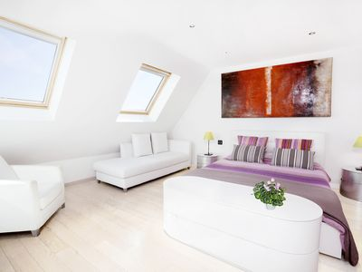Photo for In the heart of Paris, Comfortable apartment of 90 m2 (near Châtelet)