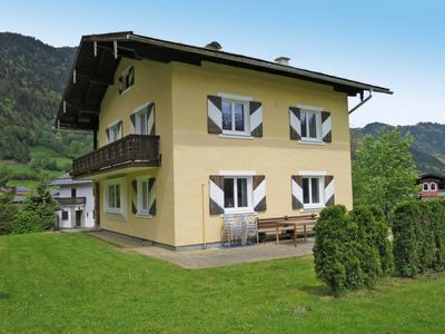 Photo for Vacation home Haus Lärchenhof (GGG160) in Goldegg - 10 persons, 5 bedrooms