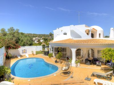 Photo for Villa in Quarteira with 5 bedrooms and capacity for 9 people