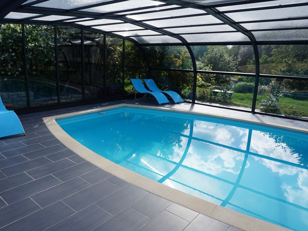 Property Image#5 SEASIDE HOUSE WITH COVERED SWIMMING POOL 10 To 12 People