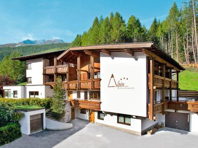 Photo for Apartment Appartmenthaus Alpin (SOE061) in Sölden - 6 persons, 2 bedrooms