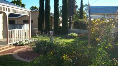 Photo for MERREDIN ACCOMMODATION COTTAGE :WIFI & Foxtel incl. 2 min walk to Shops