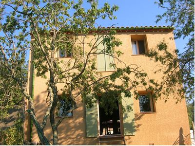 Photo for Charming village house (3ch.) In the heart of the vineyard, between sea and mountains