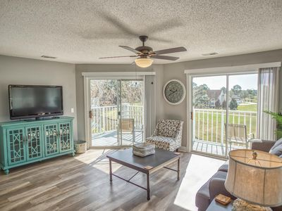 Photo for Modern Family Friendly unit!  Perfect for Couples or Small Families.  (109M)