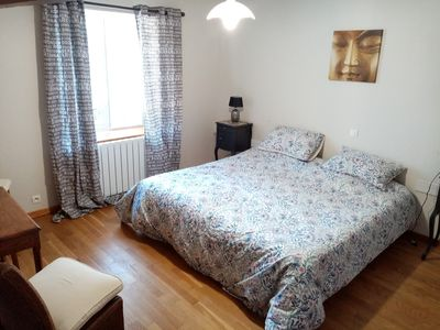 Photo for Spacious LIN Room - Breakfast included