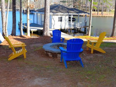 Photo for Amazing House with Beautiful Deep Water, Firepit, Kayaks, High Speed Wifi, Games