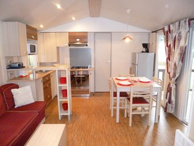 Photo for HOME-COZY 40m2 Night or Stay (3Ch-2SdB-2Wc) Direct access to the sea, Camping 4 *