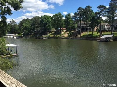 Photo for Lake front w/ private boat slip - sleeps 6 - weekly discount !