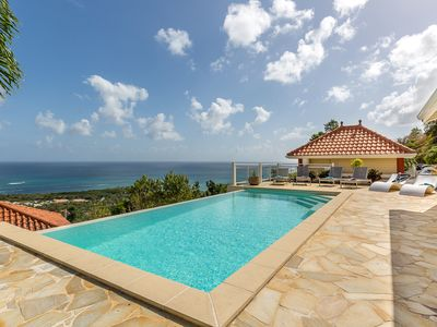 Photo for Luxury villa, infinity pool, sea view