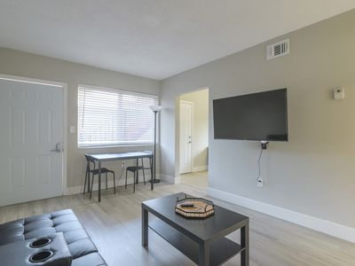 Photo for Cozy 2BR Apartment in Midtown/Wynwood with private parking