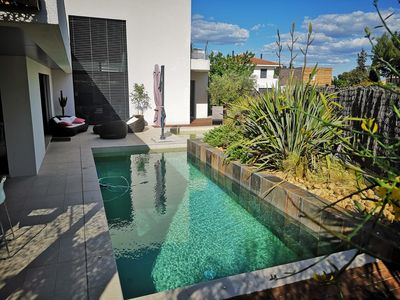 Photo for Architect's villa any comfort, 200 m2, Splendid Swimming pool, close to the sea / countryside